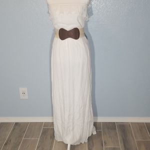 White, long strapless dress,  with belted waist
